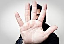 Sondaj de opinie în rândul tinerilor gorjeni/ Toleranţă scăzută faţă de refugiaţii sirieni