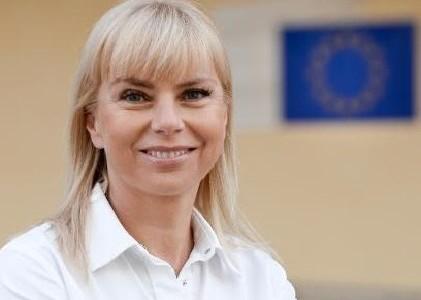 """Interviu cu Elżbieta Bieńkowska, comisar european: """"Se poate spune că trăim într-o economie a serviciilor"""""""