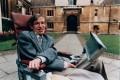 """Stephen Hawking/ O victorie a conservatorilor în Marea Britanie ar fi un """"dezastru"""""""