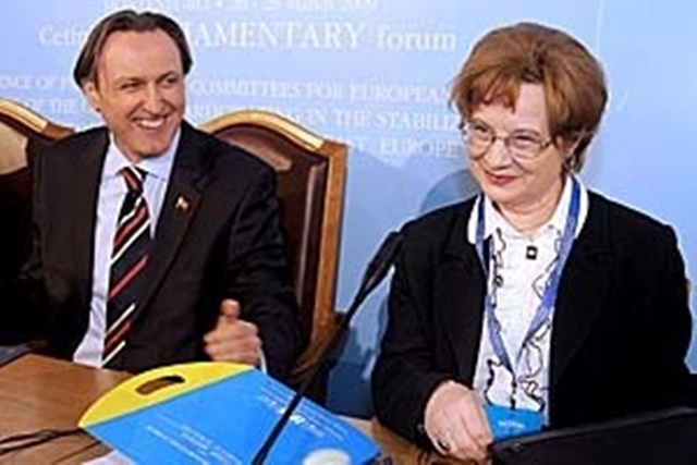 2009 – With the Speaker of the Mg.Parliament, Mr. R.Krivokapic, Cetnje Parliamentary Forum