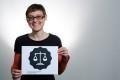 """Interviu/ Valentina Pavel, jurist membru ApTI: """"Mecanismul de protejare a dreptului de autor a devenit o afacere profitabilă, fiind transformat într-un mecanism de cenzură"""""""