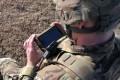 Hackerii ruși atacă smartphone-urile soldaților NATO dislocați în estul Europei