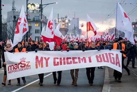 23 - Polonia Romania neo-nazism
