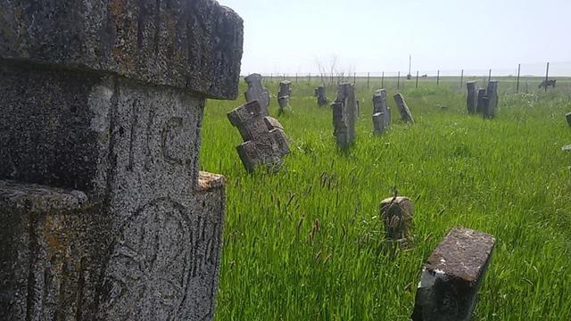 Vechiul cimitir din Grădiştea