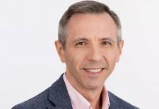 """INTERVIU Cosmin Alexandru, consultant: """"Educația financiară e esențială pentru orice om care nu vrea să trăiască în sărăcie"""""""