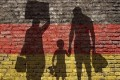 Migraţia din România ajută Germania să atingă un nivel record al populaţiei