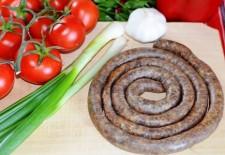 Cârnaţii de Pleşcoi devin produs românesc cu indicaţie geografică protejată în UE