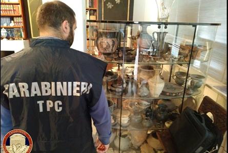 Inf. 750 - arheologie politie carabinieri italia