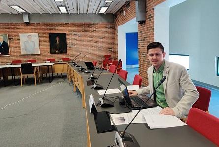 Românii se afirmă în politica altor state europene/ Un tânăr vasluian ajunge în Consiliul Regional al Danemarcei de Nord