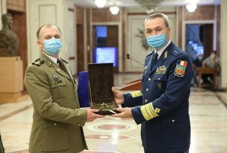Excelența la nivel european, răsplătită: Agenția de Cercetare pentru Tehnică și Tehnologii Militare obține premiul Gândirea Militară Românească 2020